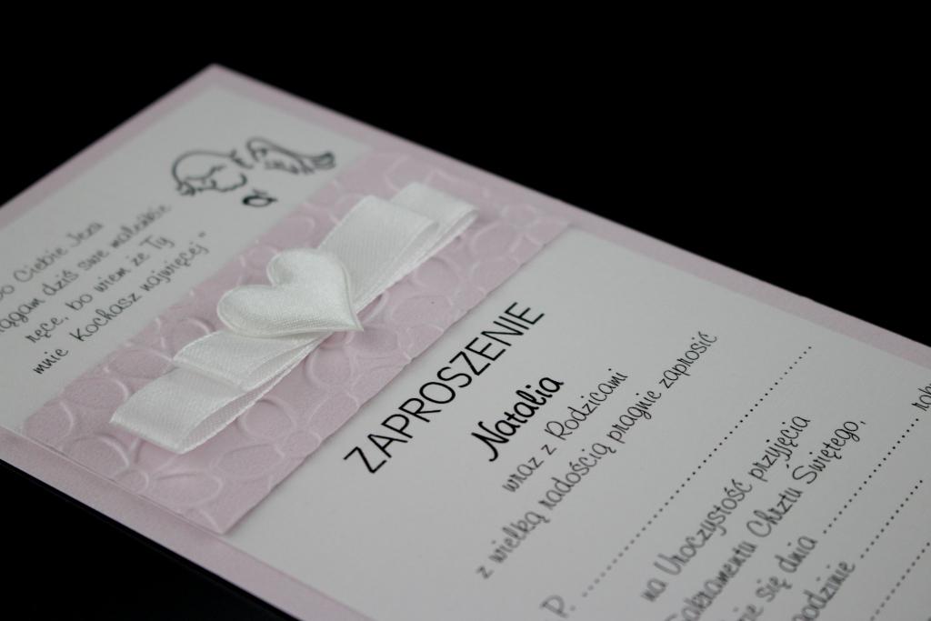 Zaproszenia na chrzest z tłoczeniem, papier różowy